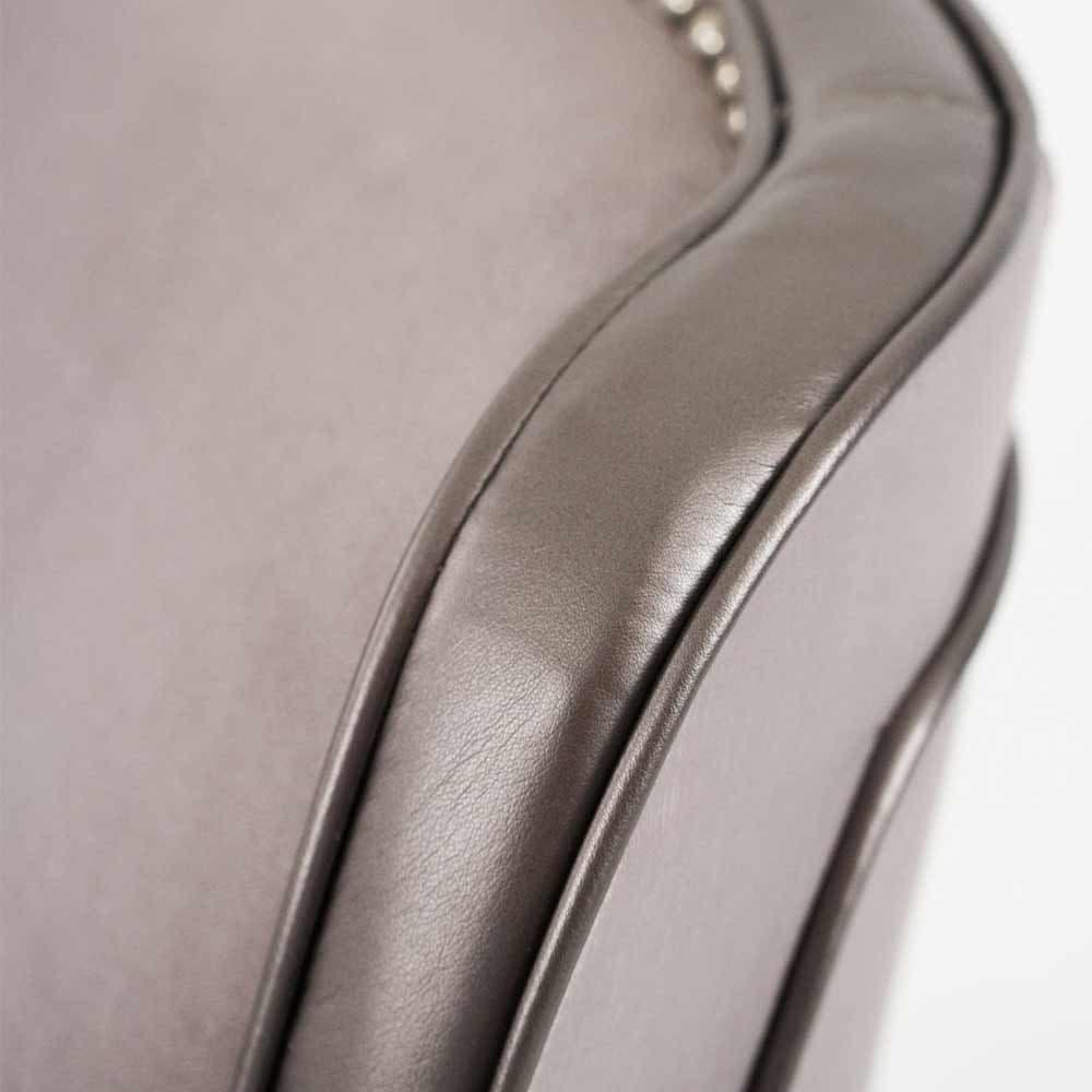 Кресло вращающееся обивка Silver