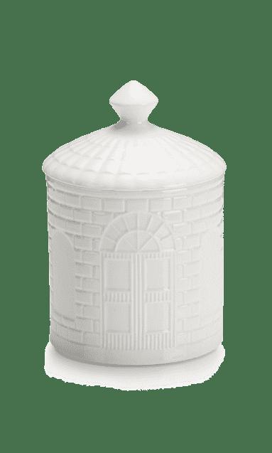 Фарфоровая коробка с крышкой