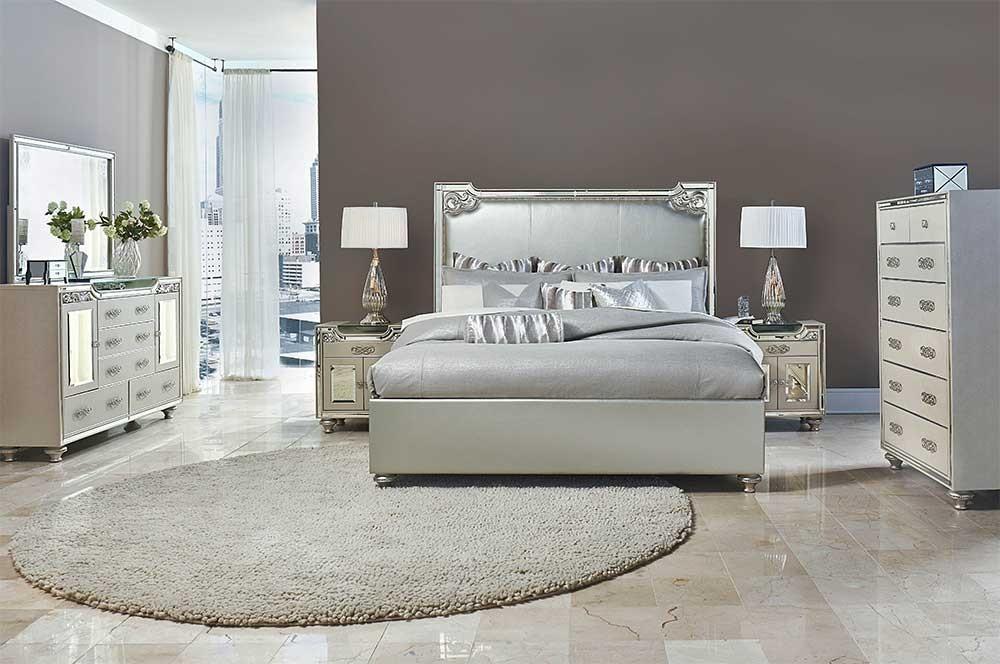 Кровать размер Eastern King  цвет Champagne