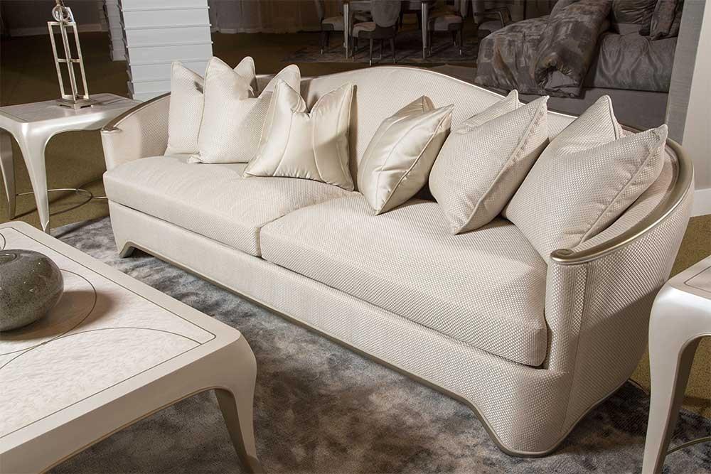 Софа стандартная 3-местная, с декоративными подушками, цвет Light Champagn