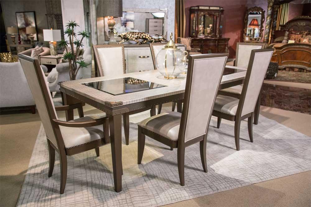 Стол обеденный прямоугольный (включая 1 вставку на 61 cm ), длина в разложенном виде 246 см