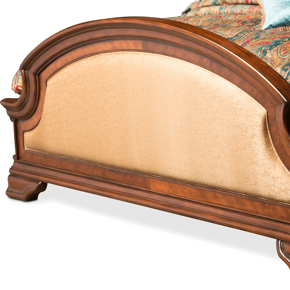 Кровать с полу-балдахином  Размер Cal King