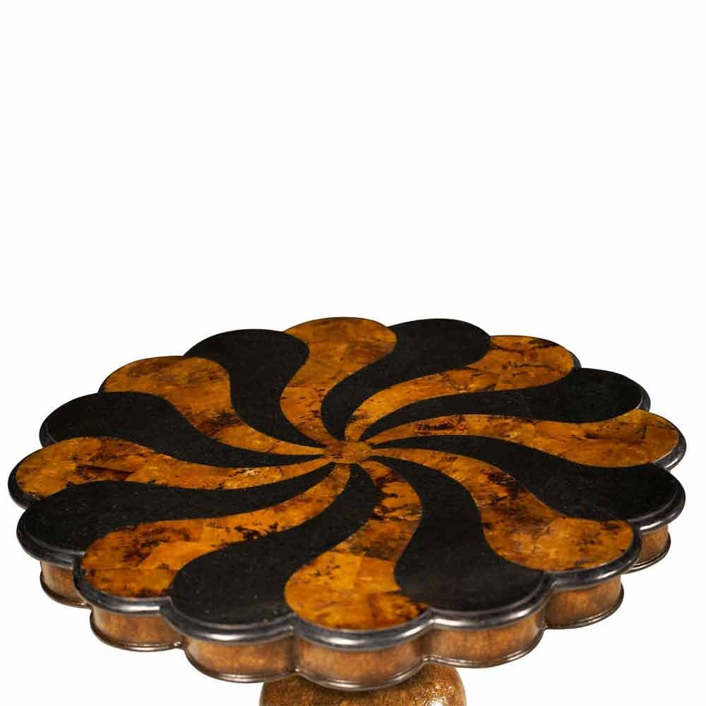 Декоративный столик деревянный наборный топ