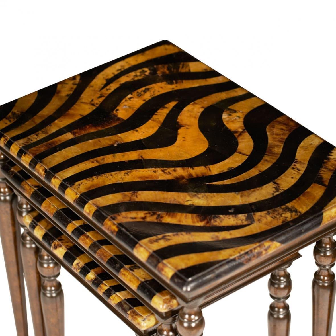 3 столика Зебра