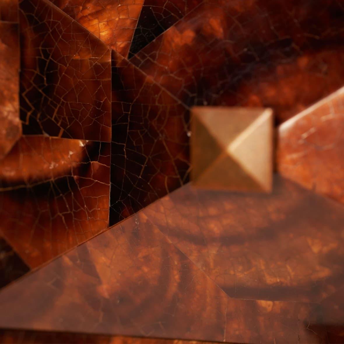 Комод-постамент К звёздам