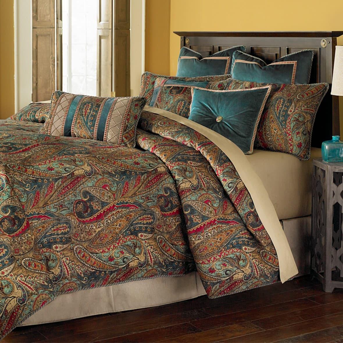 """""""Seville"""",  Декоративное покрывало и подушки (Queen)"""