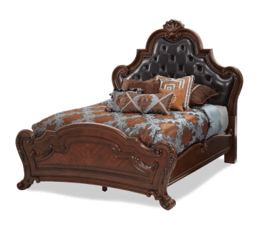 Кровать  с кожаным изголовьем размер Queen