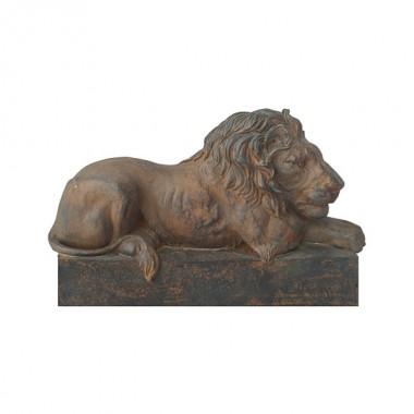 Декоративная скульптура Спящий Лев