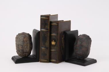 Декоративная опора для книг Артишок