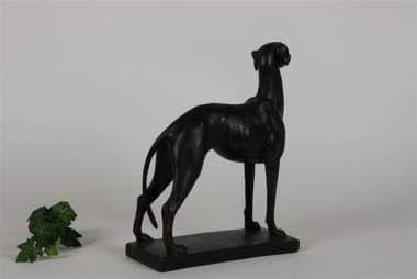 Скульптура кабинетная Гончая черная