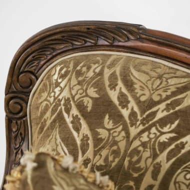 Софа в деревянной раме Antic Golg