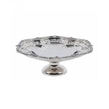 Орнаментальная ваза для фруктов со сквозной резьбой