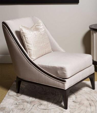 Акцентное кресло без подлокотников в парижском стиле, 1 декоративная подушка, LATTE