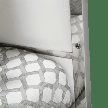 Кровать с кожаными пуфами и прозрачным балдахином, размер Queen