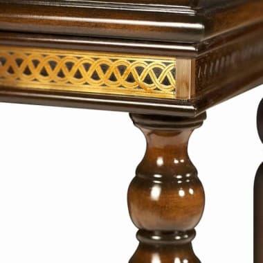 Декоративный  столик с подносом
