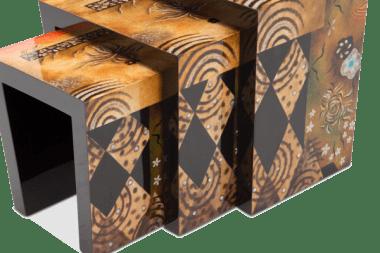 Комплект из трёх акцентных столиков