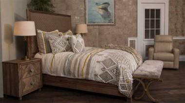 Кровать со строченой панелью, (3 предм) Размер East King, беж.